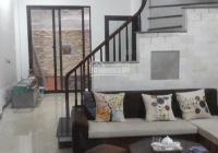 Ban nha chính chủ 5 tầng ngõ 438 phố Tây Sơn, LH: 0909920971