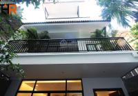 Cho thuê nhà đẹp 4 tầng nội thất cơ bản, thiết kế hiện đại, DT 120m2, 30 tr/ tháng. LH anh Tuấn