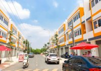 Hot shophouse 2 mặt tiền ngay ngã tư Đại Học Việt Đức và TTTM GO