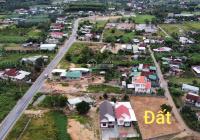 Suối Tiên trong khu biệt thự mái Thái đẹp