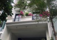 Bán căn hộ dịch vụ đường Võ Văn Tần, P5, Q3, DT 6,3 X 20m, có HĐT 150 tr/th, LH: 0901.888.086