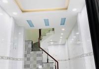 Bán nhà hẻm 3 gác đường Trần Phú, Q5, 30m2, giá 5,4 tỷ, nhà mới 3 lầu, 4 PN