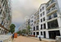 Cho thuê nhà mặt phố 144m2, 4 tầng, giá thuê rẻ chỉ 25tr/th, HĐ thuê dài hạn, Quận 9, LH 0905681939