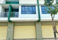 Nhà phố trong khu đô thị Oasis City ngay Trường ĐH Việt Đức - MT đường VĐ4 giá 2 tỷ