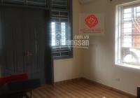 Cho thuê nhà riêng tại Văn Cao