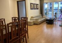 Chuyển nhượng căn 3 ngủ 2 wc, rộng 108m2, giá chỉ 3.3 tỷ tại CC Hòa Bình Green City. LH: 0987765799
