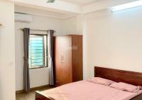 Cần cho thuê phòng 30m2, full nội thất, phòng đẹp, có ban công sáng view thoáng. Điện 2.700đ/số
