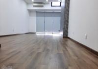 Cho thuê văn phòng 40m2, sàn gỗ tại Quận 2. Miễn phí tiền thuê tháng 9