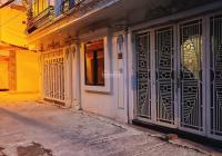 Bán nhà mặt ngõ kinh doanh sát mặt phố Nguyễn Văn Huyên (Cầu Giấy) 63m2, mặt tiền 6.7m, 2 mặt ngõ