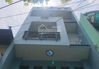 Cho thuê nhà 1 trệt + 2 lầu + sân thượng. Đường Âu Dương Lân Q.8