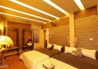 Bán nhà phố Võng Thị ngõ ô tô tránh, gần Hồ Tây, dân trí cao, DT 120m2, 5 tầng, MT 10m, giá 14 tỷ