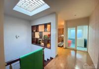 Bán gấp nhà phố Hoàng Cầu ô tô vào nhà, nhà đẹp ở luôn 50m2 5 tầng cực hiếm