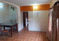 Chính chủ cho thuê căn hộ tập thể Nghĩa Tân 55m2 full đồ 5,5tr/tháng có giảm giá. LH 0904623238