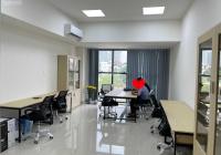 Chính chủ cho thuê văn phòng có sẵn nội thất làm việc tại Quận 2. Sẵn sàng cho doanh nghiệp sử dụng