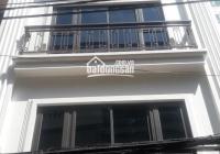 Cho thuê nhà nguyên căn phố Trung Kính lớn - Cầu Giấy. DT 55m2, 5 tầng, MT 4.5m ô tô đỗ cửa