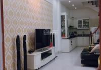 Cho thuê nhà ngõ ô tô tại Nguyễn Khánh Toàn. DT: 60m2 (87m2 đất)  x 4T giá 12tr/th. LH: 0948589911