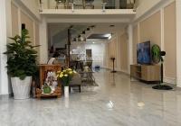 Dịch hạ giá cho thuê nhà 134/Thành Thái Q10 6.5x15m 4 tầng, 39 triệu/th