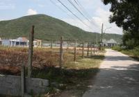 Cần bán đất 1.200m2 (40x30m) mặt đường bê tông tại Dốc Lếch, cách biển 100m. LH 0973086479