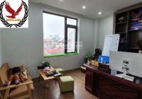 Cho thuê văn phòng DT 38m2, 45m2, 55m2 giá 7 triệu, 7.5 triệu, 8 triệu ngay trung tâm Cầu Giấy