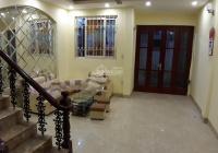 Cho thuê nhà 137 Lê Duẩn, DT 45m2 x 4 tầng, 1 tum, MT 5m, full nội thất, giá 10 triệu