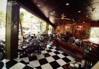 Sang Nhượng Cửa hàng cafe Nguyễn Phong Sắc cực đẹp, doanh thu khủng