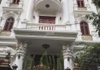 Cho thuê villa siêu đẹp mặt phố Lê Văn Thiêm, TX, DT 180m2, 4 tầng, 1 hầm, MT 9m. Nhận nhà ngay