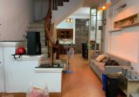 Cần cho thuê nhà riêng phố Đội Cấn-Liễu Giai: 55m2*4 tầng, ô tô vào cách 5m. Giá thuê: 11.5tr/tháng
