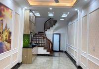Bán nhà đẹp Vũ Xuân Thiều 36m2 x 5T, gần hồ ở sướng giá 3.2 tỷ