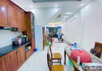 Bán nhà phân lô 5 tầng dân xây,  phố  Trường Chinh, tặng full nội thất giá 5.2 tỷ.