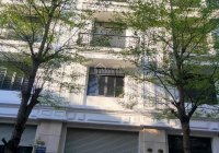 Cho thuê liền kề Võ Chí Công, Xuân La DT 101m2, 6 tầng, MT 5,5m. Thông sàn có thang máy. 45 tr/th