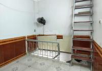 Cần bán nhà ngõ 77 Lãng Yên - cầu vượt Trần Khát Chân 12m2 x 3T lô góc, về ở ngay, giá 900tr