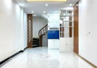Cần bán nhà mới tinh phố Khương Đình, ngõ đẹp 3 m ô tô cách 90m. 34m 5 tầng