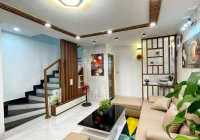 Nhà 2 tầng mới full nội thất kiệt Trần Cao Vân