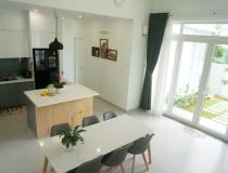 Ngôi nhà 1,5 tầng ở Khánh Hòa đẹp như nhà châu Âu
