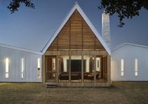 Trang trại hiện đại theo xu hướng nhà nghỉ dưỡng tại Texas