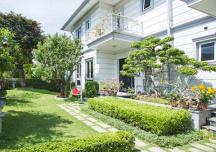 Biệt thự vườn sang trọng, tinh tế của ca sỹ Hồ Quỳnh Hương