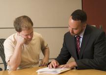 Thuê luật sư khi mua nhà, yêu cầu họ làm những gì?