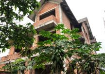 Lật lại câu chuyện đánh thuế cao biệt thự, nhà sang bỏ hoang