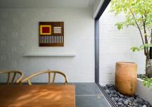 Phố cổ Hà Nội và nhà vườn miền Tây hòa quyện trong không gian sống của gia đình trẻ
