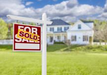 Nhà Mỹ đang bán chạy hơn cả cao điểm mùa hè