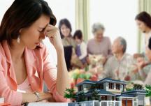 Bố mẹ thiên vị khi tặng cho đất đai, con cái có quyền khởi kiện?