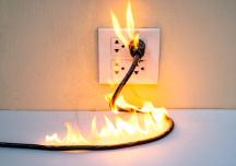 6 dấu hiệu cảnh báo sự cố điện trong nhà cần khắc phục ngay lập tức