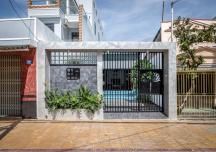Gia chủ Sóc Trăng xây nhà dễ chịu như resort trên mảnh đất vừa hẹp vừa dài