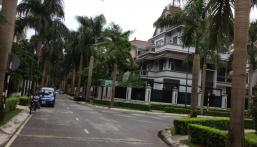 Cần bán gấp biệt thự xây thô khu đô thị 40 Xuân La (Thành Ủy Hà Nội) DT 256m2