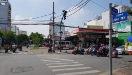 Cây xăng góc Đồng Đen và Hồng Lạc - Tân Bình, 614m2 vị trí quá đẹp. Giá 115 tỷ