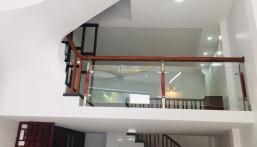 Bán nhà lô góc phố Văn Quán, Hà Đông, kinh doanh cực tốt, ô tô 7 chỗ vào nhà. DT 42 m2, giá 5.2tỷ