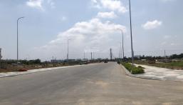 Cần bán gấp lô đất MT Nguyễn Thị Định, Quận 2, giá 2.4 tỷ/nền, sổ sẵn, dân cư đông. LH: 0913429593