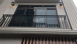 Bán nhà phân lô phố Phan Kế Bính 45m2 * 5 tầng, MT 5.6m, giá 9,8 tỷ. LH 0937026888