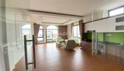 Bán nhà phân lô, mặt ngõ thông, oto tránh, 56 m2 x 7 tầng thang máy. 13 tỷ, Lạc Long Quân, Tây Hồ