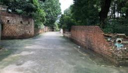 Duy nhất lô đất gần chợ, phù hợp xây nhà trọ tại Hạ Bằng giá đẹp, LH: 0974715503